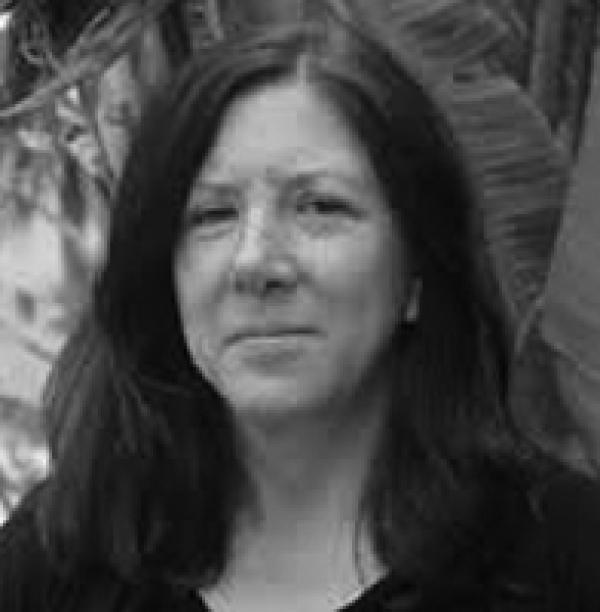 Ms Lorraine Hartman